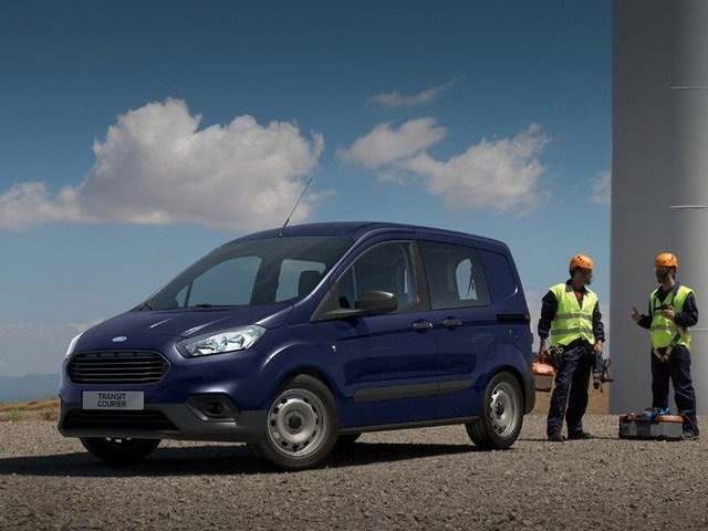 nuova TRANSIT COURIER - FORD