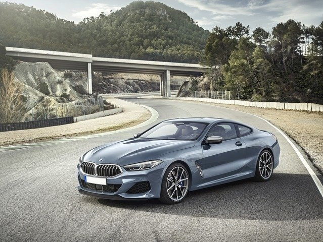 nuova SERIE 8 - BMW N°5